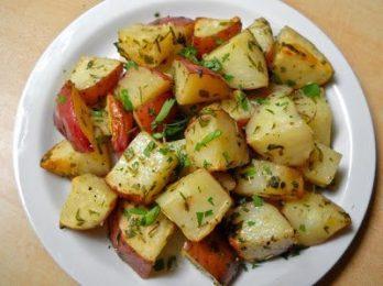 Rosemary Roasted Potatoes - BudgetBytes.com