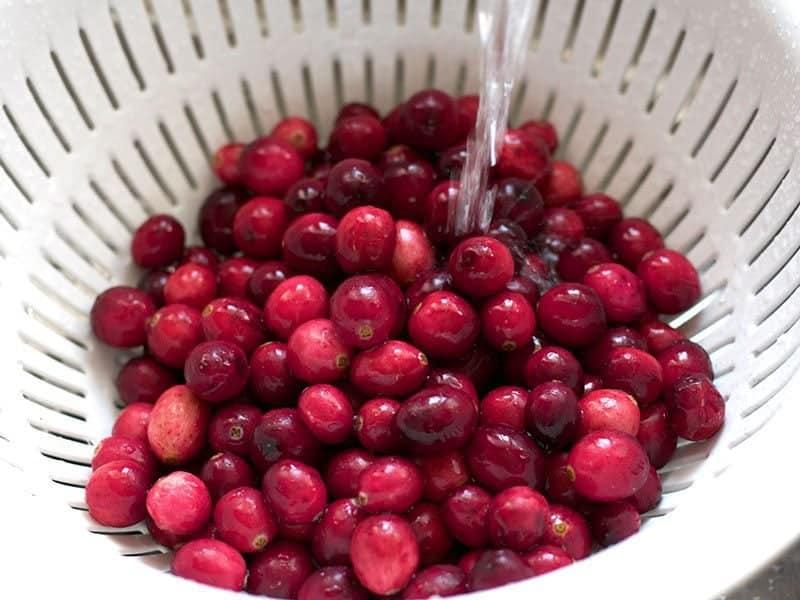 Rinse Cranberries