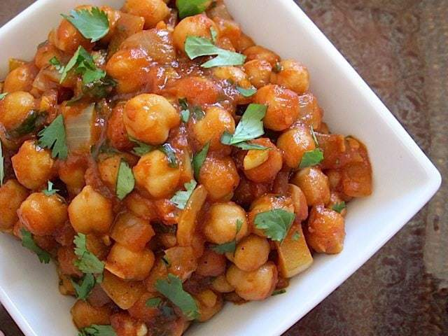 Quick Curried Chickpeas - Budget Bytes