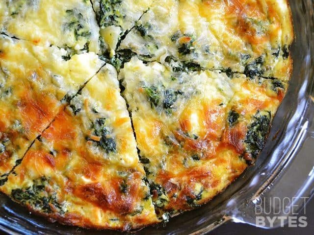 Spinach and Mushroom and Feta Crustless Quiche is a great low carb breakfast or brunch tread packed with vegetables and protein. BudgetBytes.com
