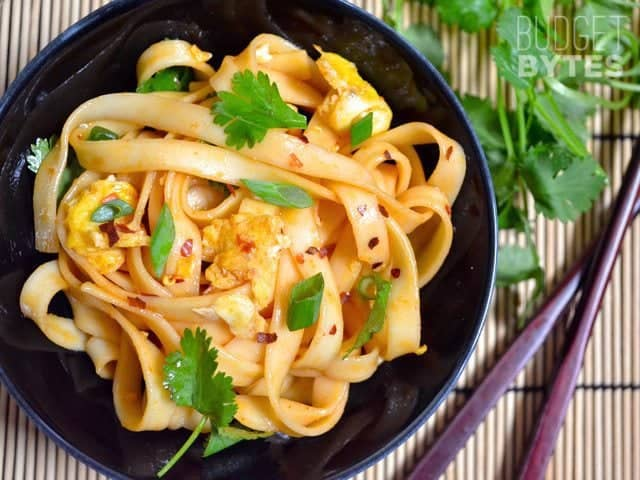 Dragon Noodles - BudgetBytes.comThese sweet, tangy, and spicy Dragon Noodles take only a few minutes to whip up and will kill your craving for take-out. BudgetBytes.com