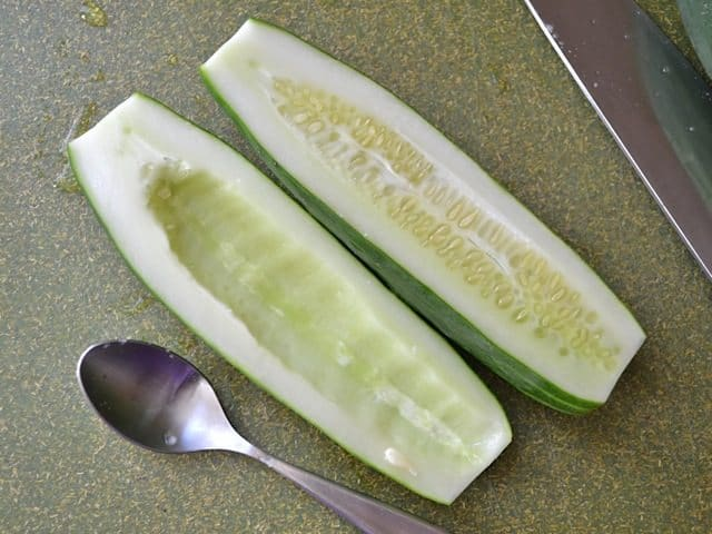 remove cucumber seeds