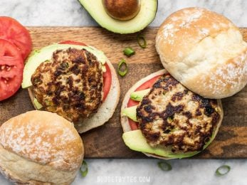 These Green Chile Turkey Burgers can't be beat for a fast, flavorful weeknight dinner. Ready in about 30 minutes and full of southwest flavor. BudgetBytes.com