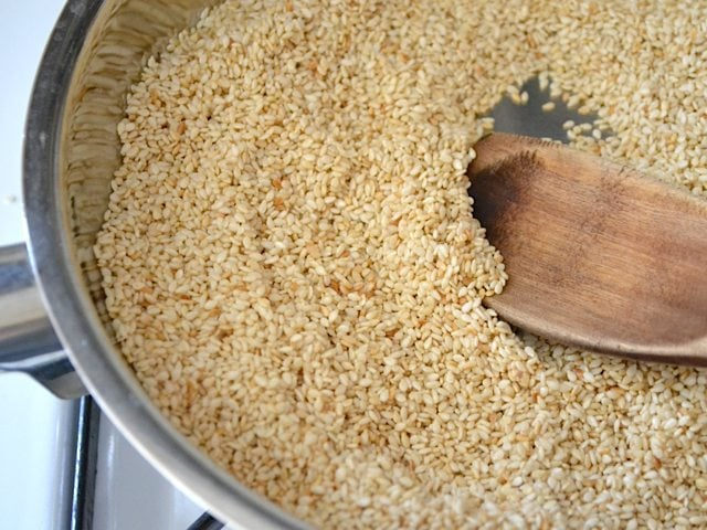 Toasting Sesame Seeds in skillet