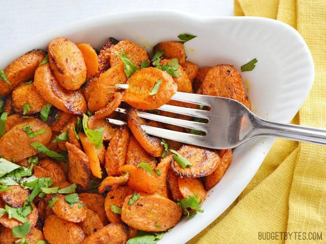 Curry Roasted Carrots - BudgetBytes.com