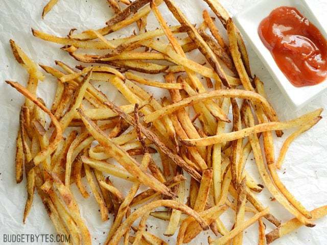 Smoky Garlic Oven Fries - BudgetBytes.com