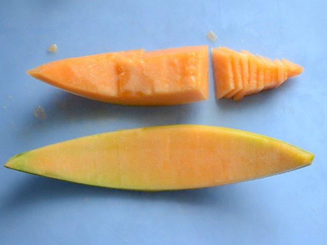 Filet and Slice Cantaloupe