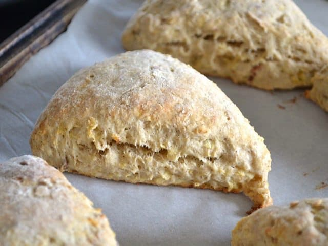 Baked Apple Pie Scones