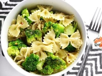 "This insanely simple dinner ""cheat"" is ready in minutes and will keep you full for hours. Bowties and Broccoli is my go-to lazy weeknight dinner. BudgetBytes.com"