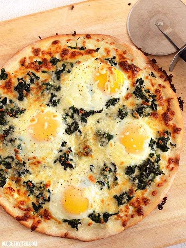 Eggs Florentine Breakfast Pizza - BudgetBytes.com