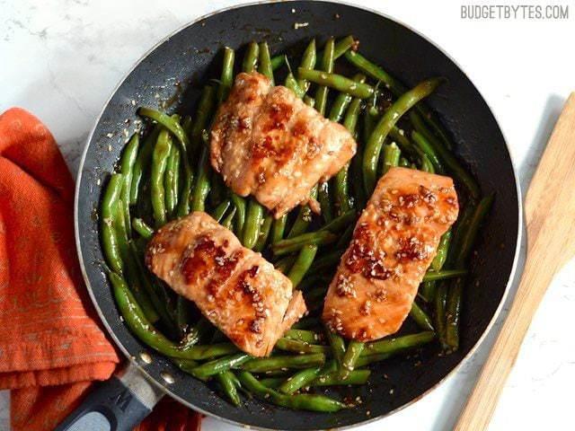 Sesame Glazed Salmon and Green Beans - BudgetBytes.com