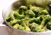 Quick Garlic Parmesan Broccoli