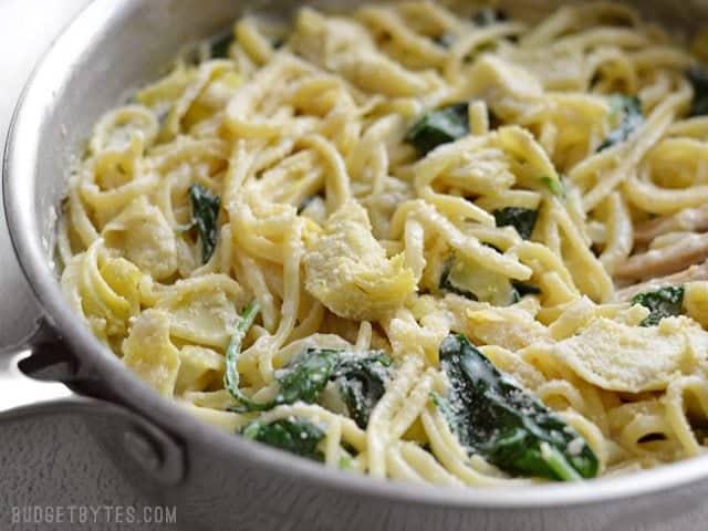20 Minute Creamy Spinach Artichoke Pasta - BudgetBytes.com