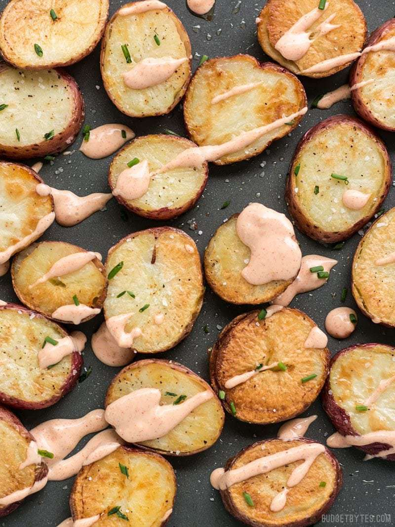 These Salt & Vinegar Roasted Potatoes are slightly tangy and feature Kosher salt for a pop of flavor and wonderfully crunchy texture. BudgetBytes.com