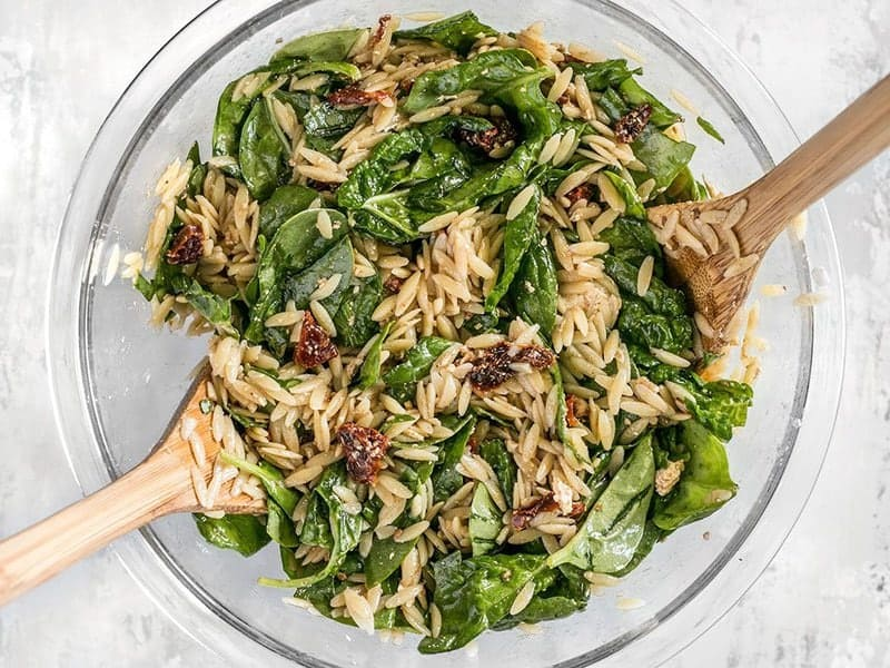 Mix Spinach and Orzo Salad
