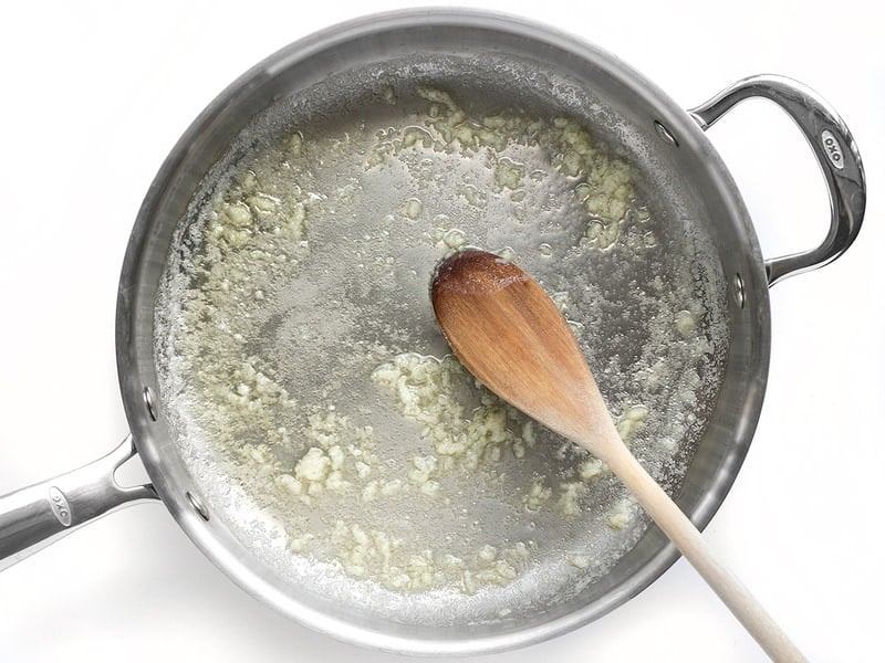 Sauté Garlic for Lighter Spinach Alfredo Pasta