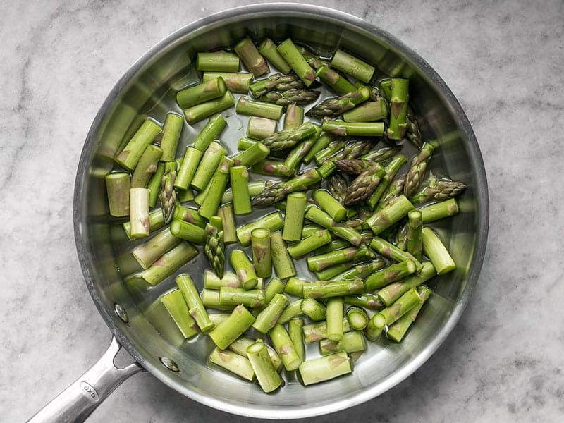 Asparagus in Skillet with water