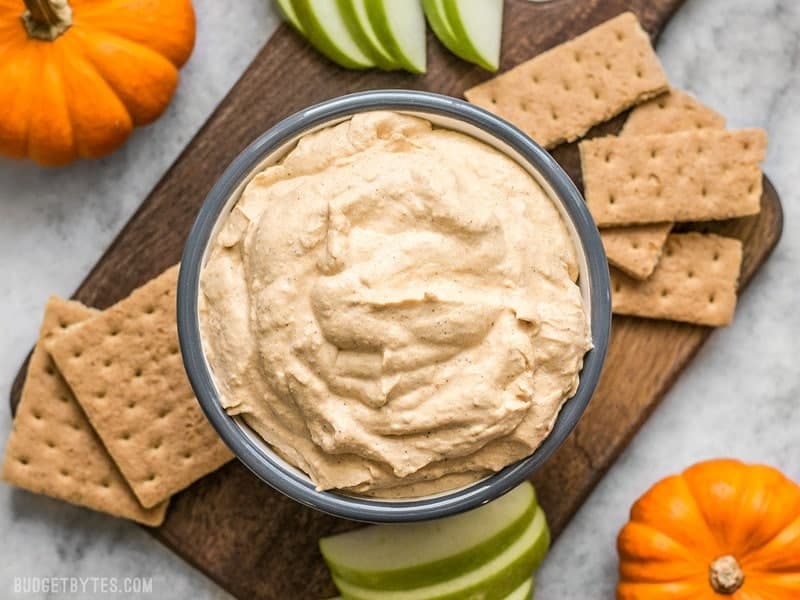 Pumpkin Cheesecake Mousse with graham crackers and apples for dipping.