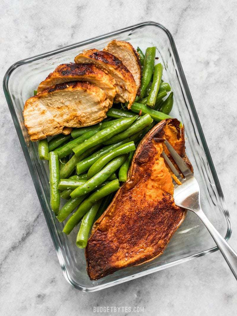 Smoky Chicken and Cinnamon Roasted Sweet Potato Meal Prep is an easy, delicious, filling, and healthy daily lunch or dinner. BudgetBytes.com