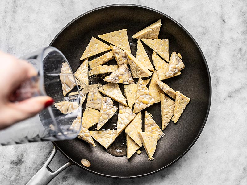 Simmer Tempeh in Water