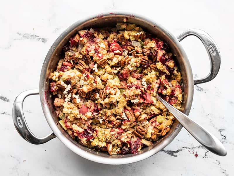Finished Roasted Apple Cranberry Cornbread Stuffing in the pot