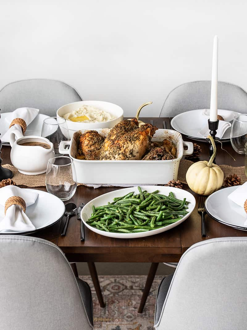 How to Make an Easy Thanksgiving Dinner for Beginners