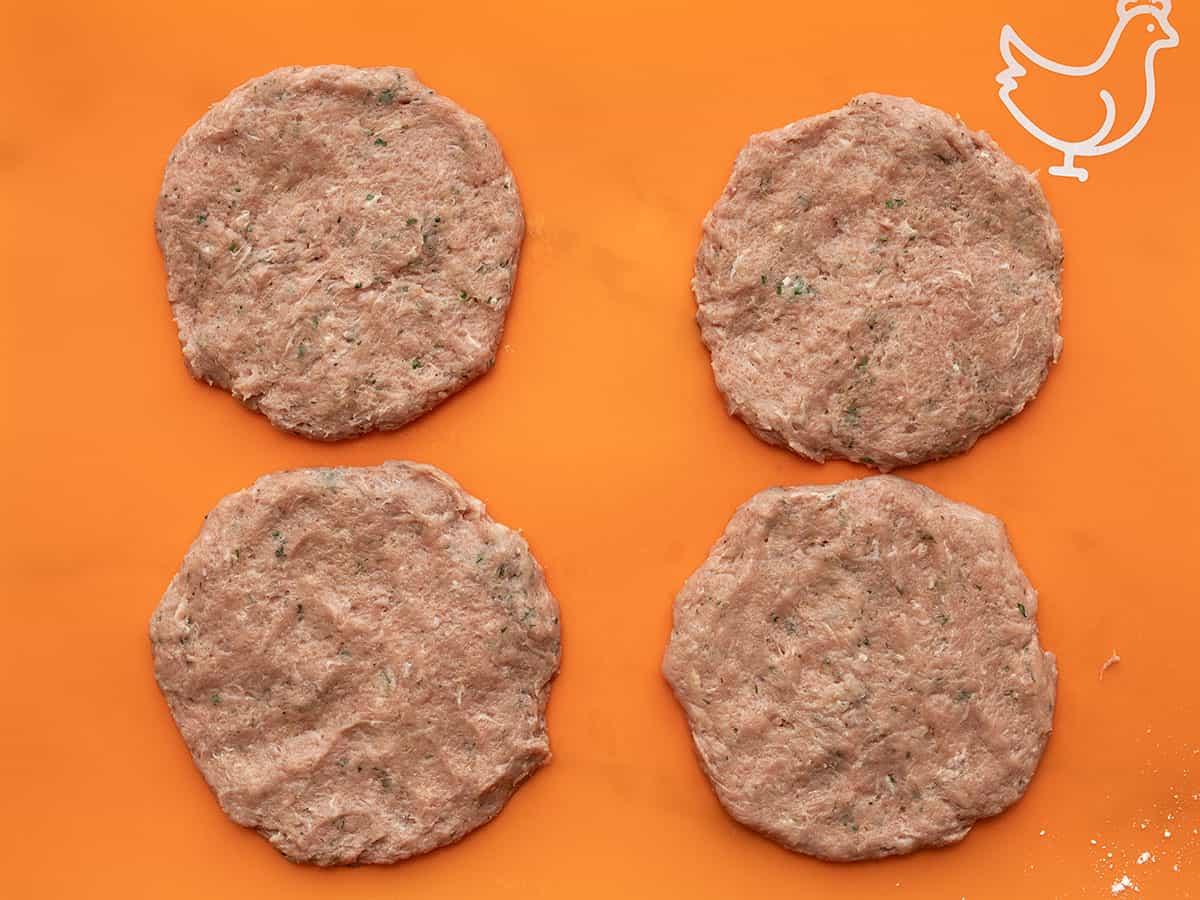 Shaped turkey burger patties